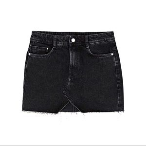 Zara Distressed black denim slitted mini skirt XS